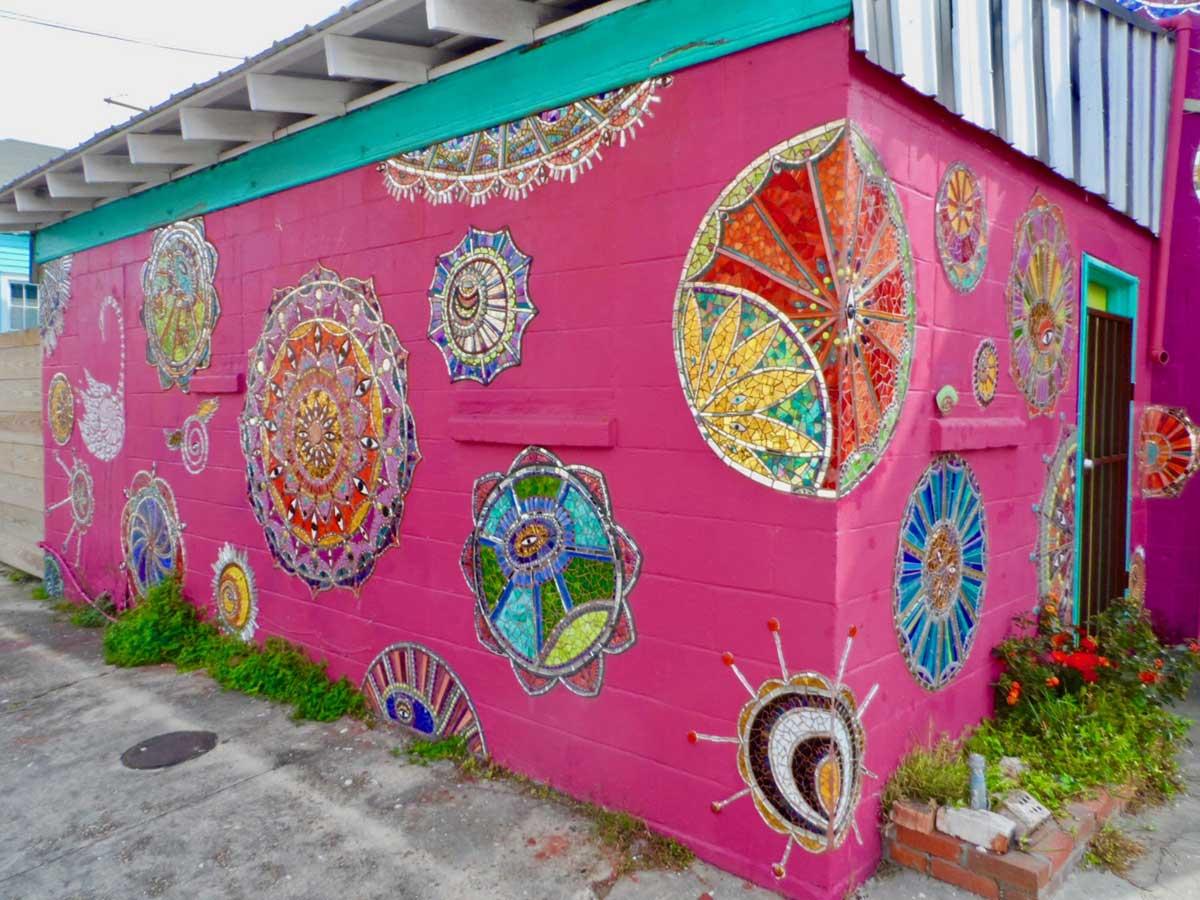 ニューオーリンズのカラフルな街並み