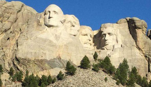 大統領4人の巨大彫刻!マウントラシュモア国立記念公園レビュー【アメリカ・サウスダコタ州観光旅行】